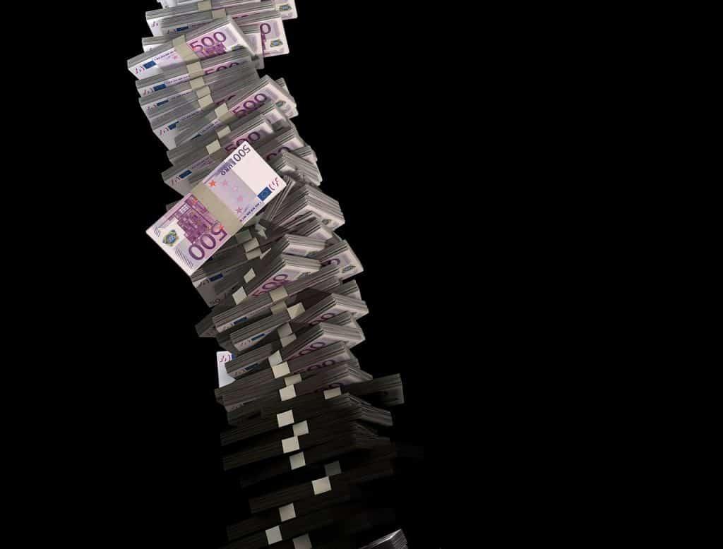 ما هو تخفيض قيمة العملة؟